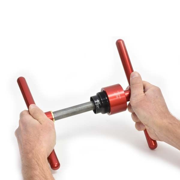 24mm Extractor in Use - Bicycle Parts Direct