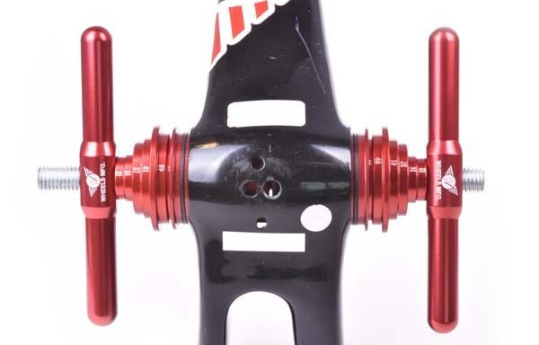 Universal Bottom Bracket Drift In Use - Bicycle Parts Direct